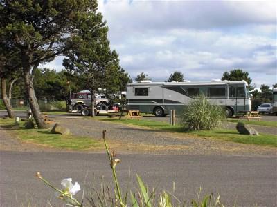 Cape kiwanda rv resort campground pacific city oregon for Pacific city oregon cabins
